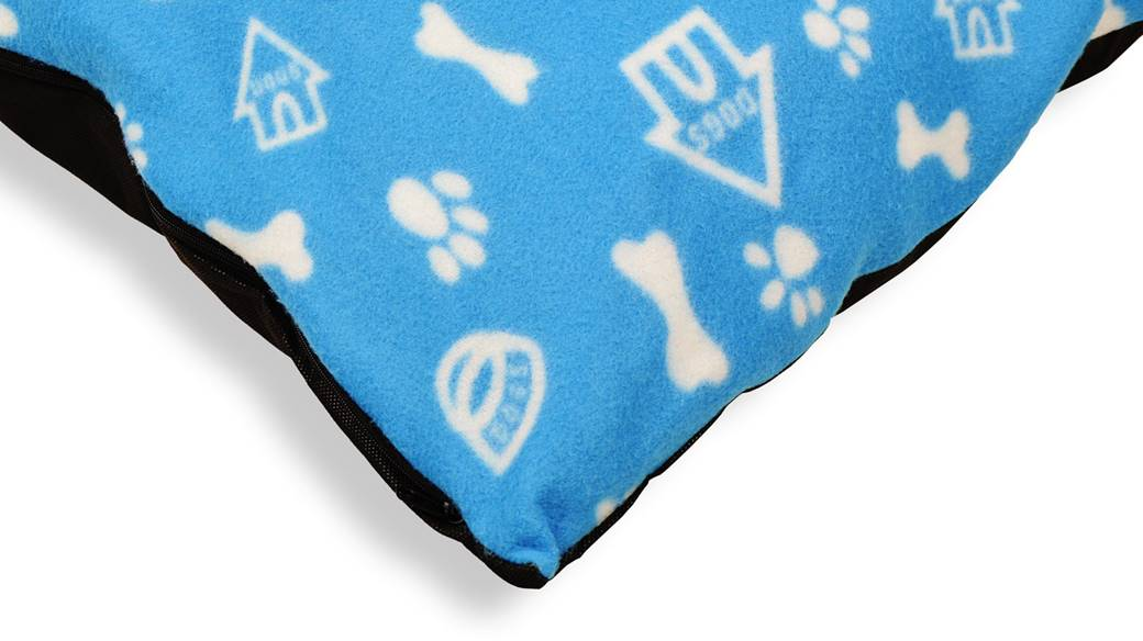 Fleece_Doghouse_Cushion_blue2