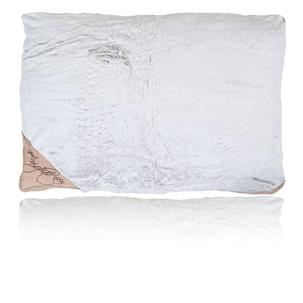 Pet_Nights_Cushion_Fur_Beige_1